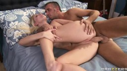 Vanessa Cage - Dialing For Dicks