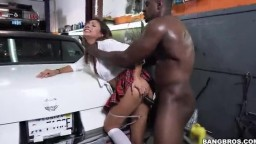 MonstersOfCock - Jade Jantzen - Mechanic Has The Biggest I've Ever Seen