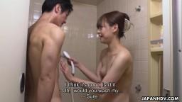 Asuka Kyono gives her fan an amazing blowjob in shower