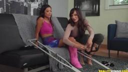Lexi Luna & Vina Sky - Wasted Summer