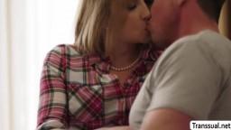 Blonde TS Janelle Fennec enjoys sucking dudes cock