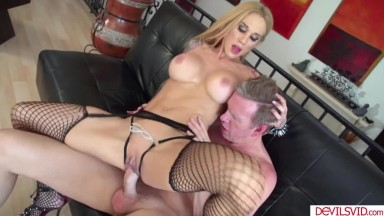 A milf clips her clit then gets fucked
