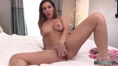 Cherie Deville - Begs For Your Cum