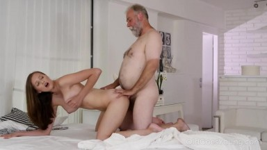 Stacy Cruz - Old Goes Young