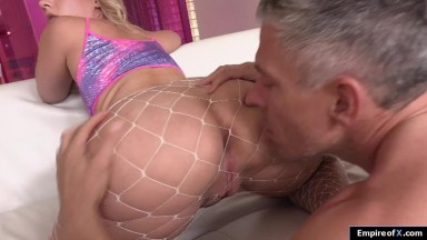 A blonde babe ass fucked then squirts